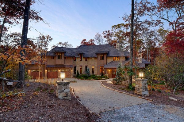 High Carolina - Mountain home architecture
